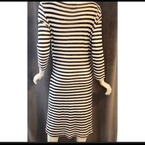 Anthropologie Dresses - T.LA Navy Blue and White 3/4 sleeve dress